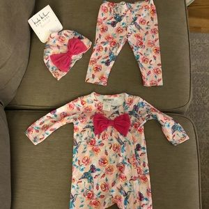 Nicole Miller 3 set pc. 6-9 months-new with tags!